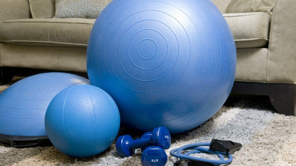 Coronavirus: monta tu gimnasio en casa con estos productos para hacer deporte