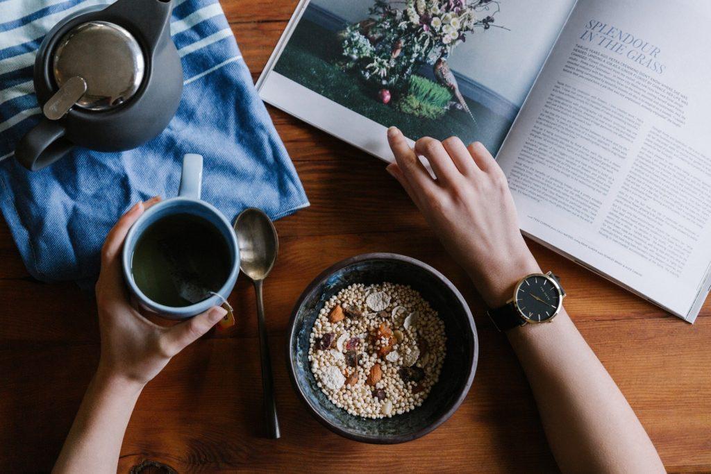 Conoce los falsos mitos de los alimentos a la hora de empezar una dieta. Los especialistas nos desvelan cuáles de estas afirmaciones nutricionales son verdaderas o falsas.