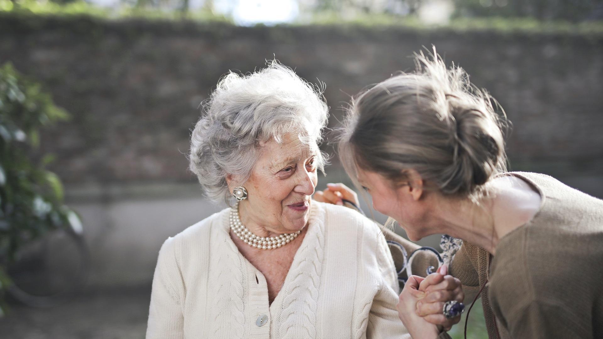 Prefiero en Casa, el cuidado que merecen nuestros mayores